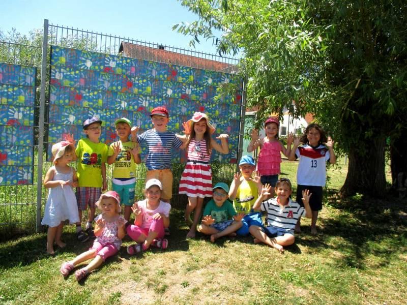 Zaun Sichtschutz Kindergarten